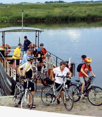 Solarfähre an der Weser